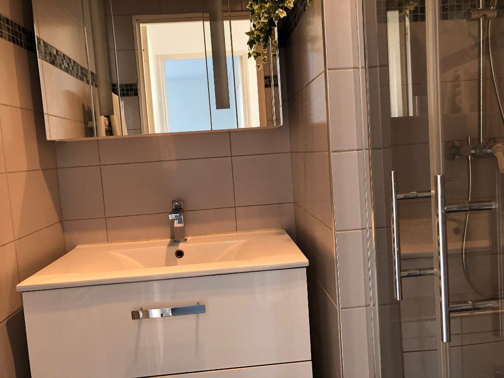 Appartement à louer 4 67m2 à Marseille 12 vignette-7