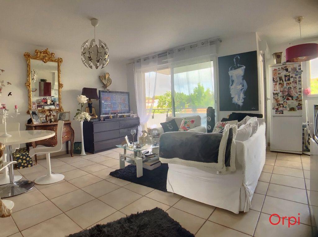 Appartement à louer 2 46.01m2 à Marseille 8 vignette-3