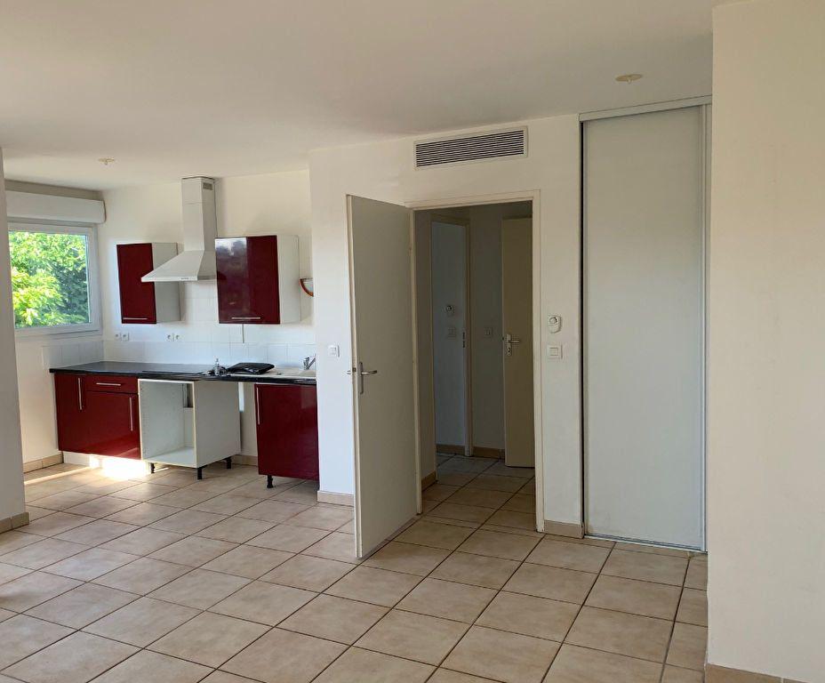 Appartement à louer 2 46.01m2 à Marseille 8 vignette-9