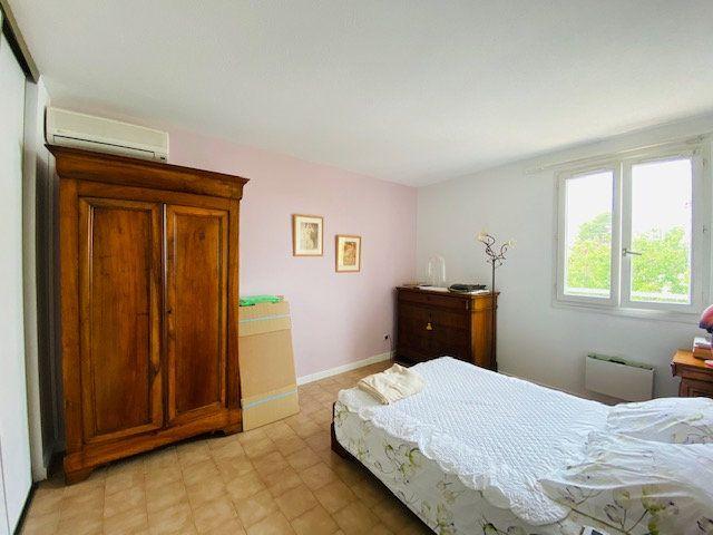 Maison à louer 5 133m2 à Marseille 8 vignette-14