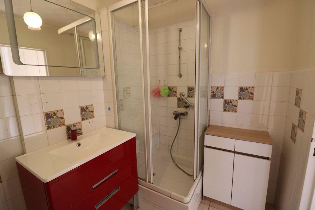Appartement à vendre 3 65.4m2 à Marseille 8 vignette-7