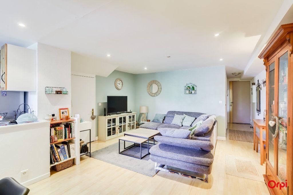 Appartement à vendre 4 88.09m2 à Marseille 8 vignette-6
