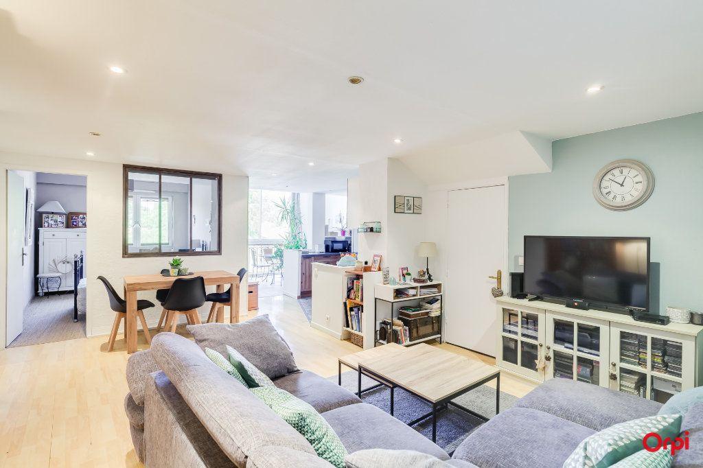 Appartement à vendre 4 88.09m2 à Marseille 8 vignette-8