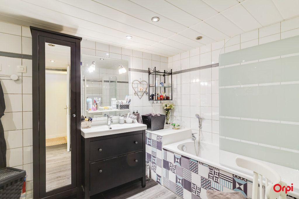 Appartement à vendre 4 88.09m2 à Marseille 8 vignette-9