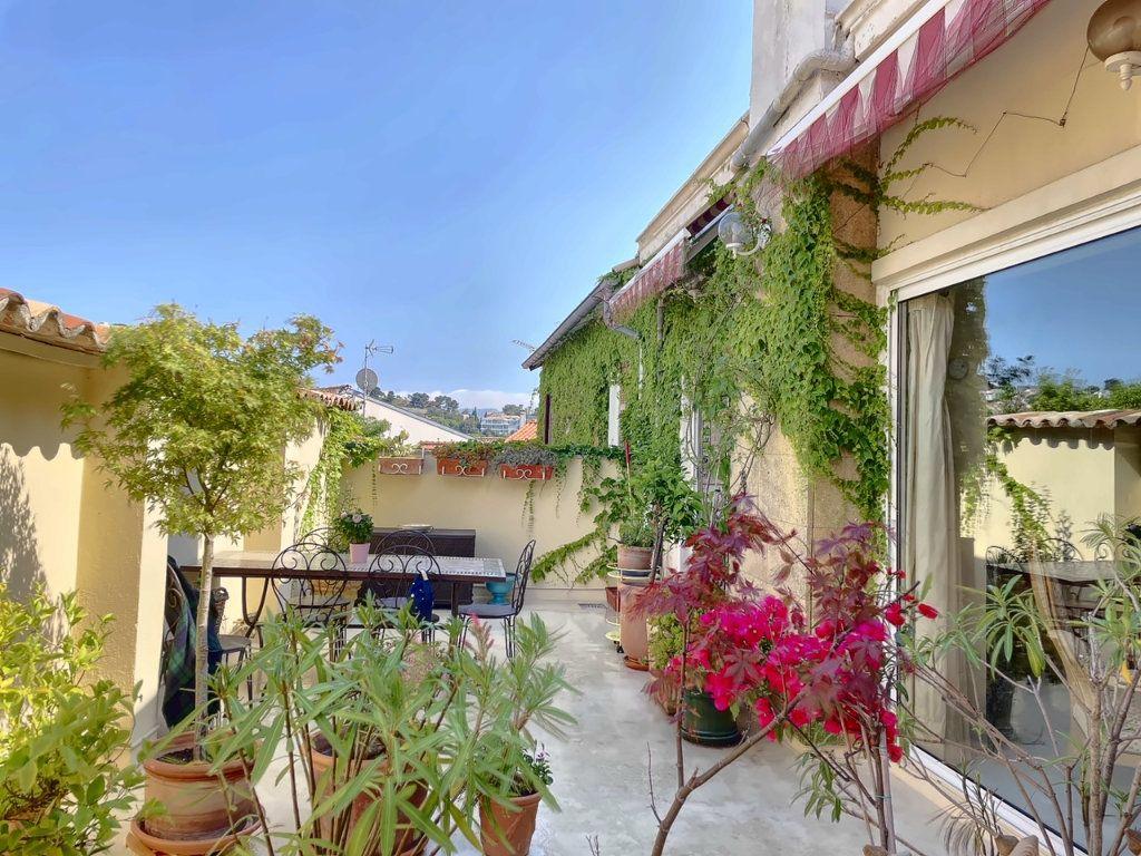 Maison à vendre 4 118.25m2 à Marseille 7 vignette-2
