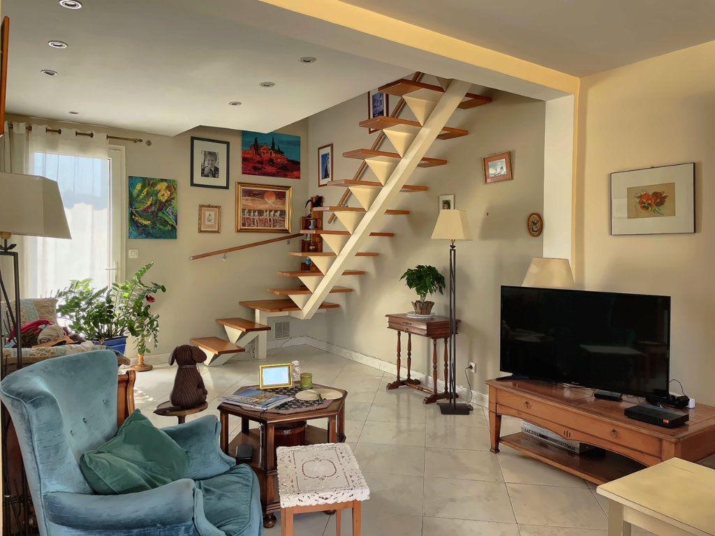 Maison à vendre 4 118.25m2 à Marseille 7 vignette-4