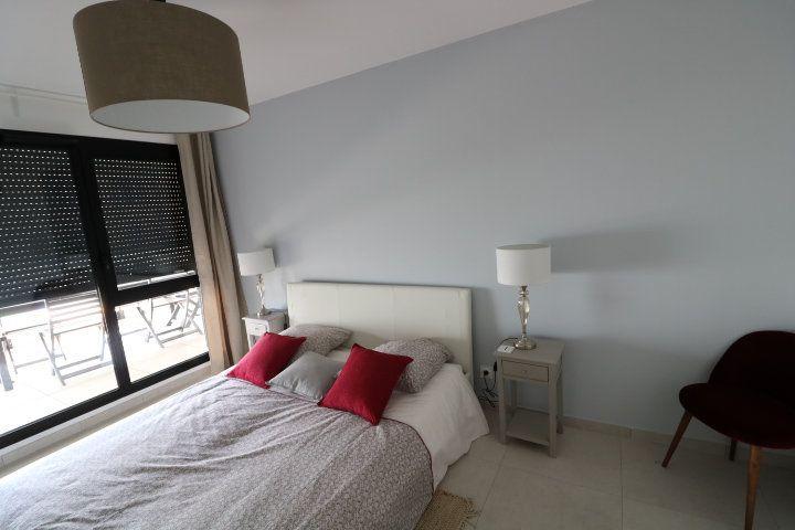 Appartement à louer 3 73.58m2 à Marseille 12 vignette-4