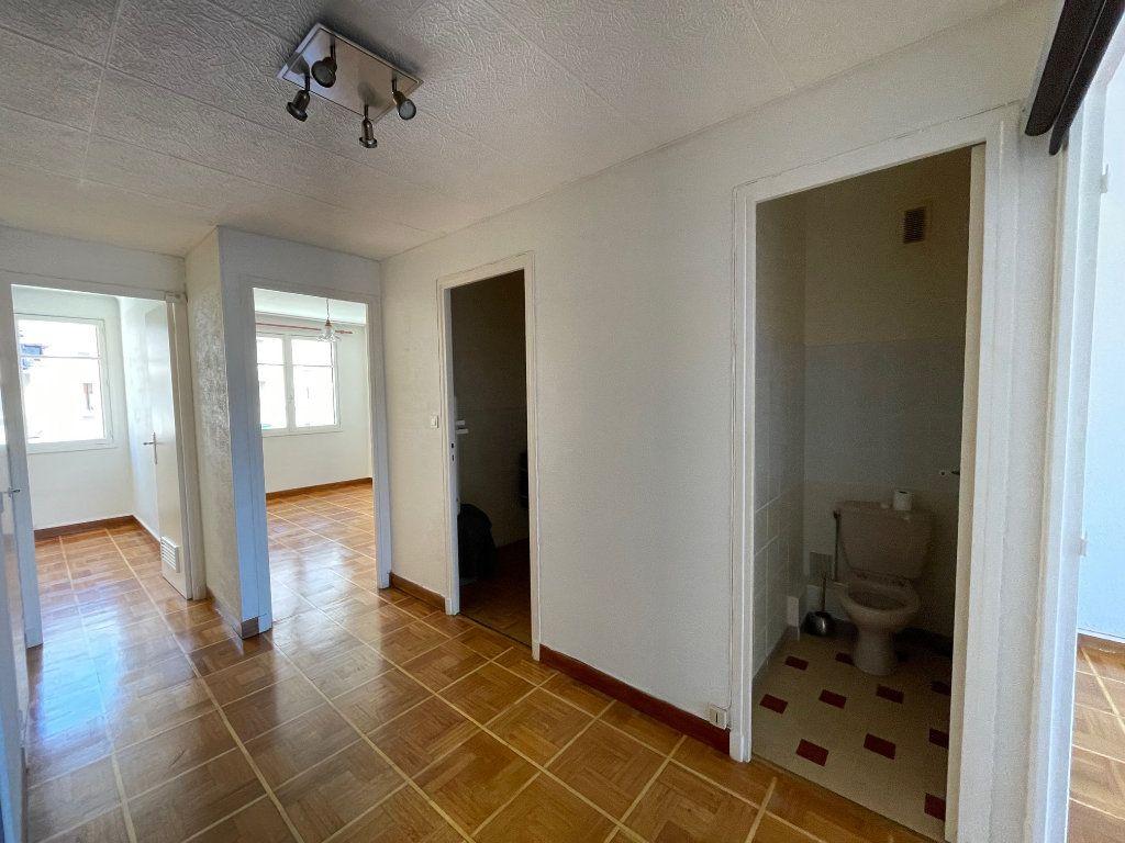 Appartement à louer 3 60m2 à Marseille 8 vignette-2