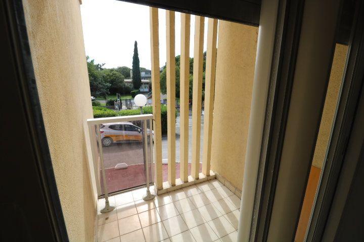 Appartement à louer 2 46.07m2 à Marseille 10 vignette-5