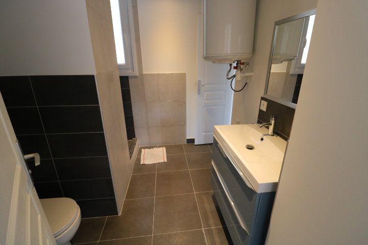 Appartement à louer 2 46.07m2 à Marseille 10 vignette-6