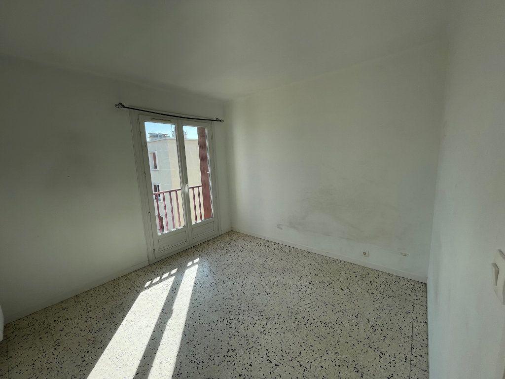 Appartement à louer 3 71.51m2 à Marseille 8 vignette-9