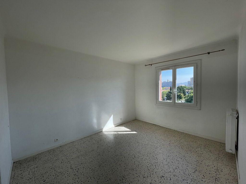 Appartement à louer 3 71.51m2 à Marseille 8 vignette-10