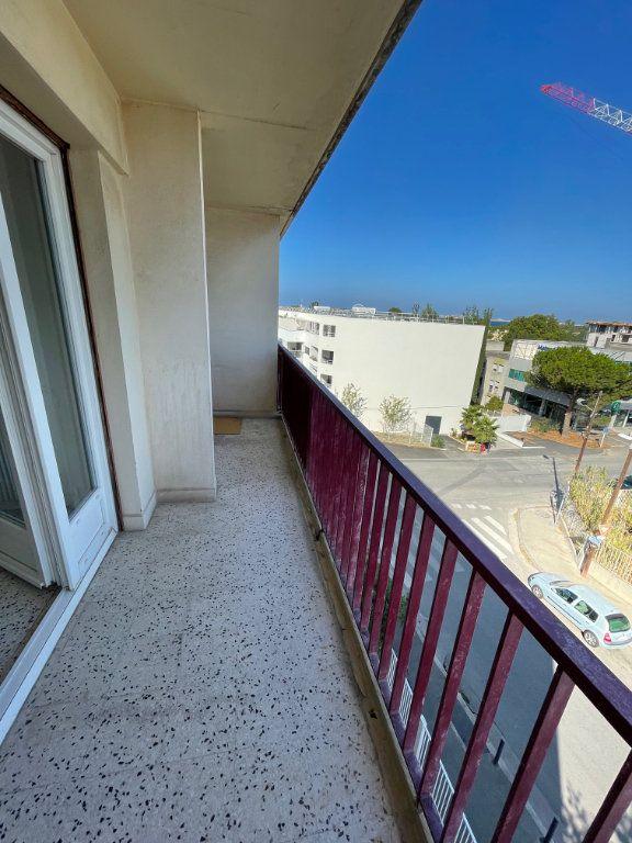 Appartement à louer 3 71.51m2 à Marseille 8 vignette-13
