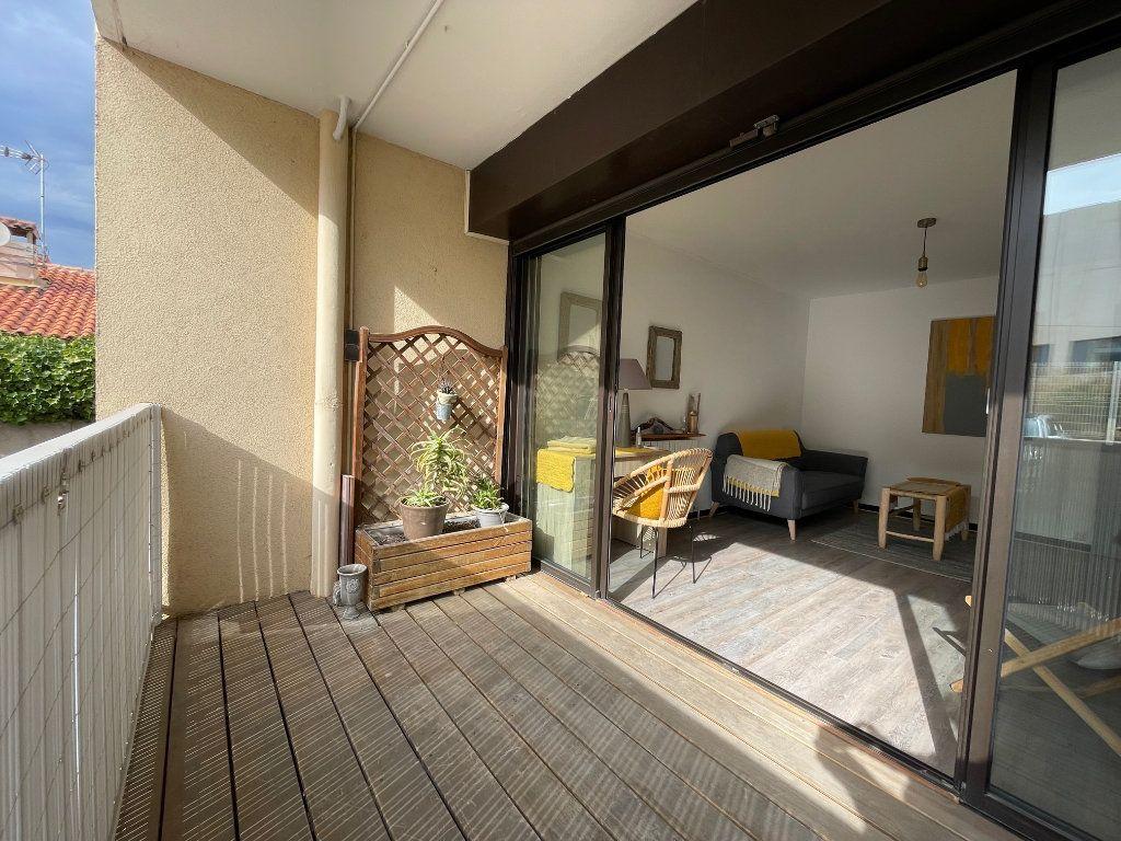 Appartement à louer 2 45.55m2 à Marseille 8 vignette-4