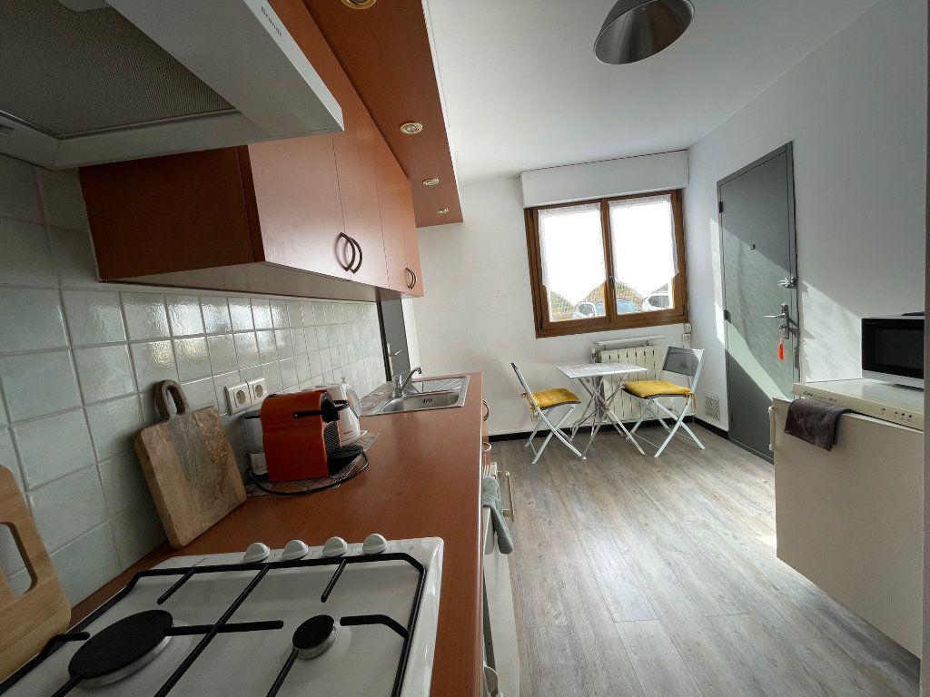 Appartement à louer 2 45.55m2 à Marseille 8 vignette-5