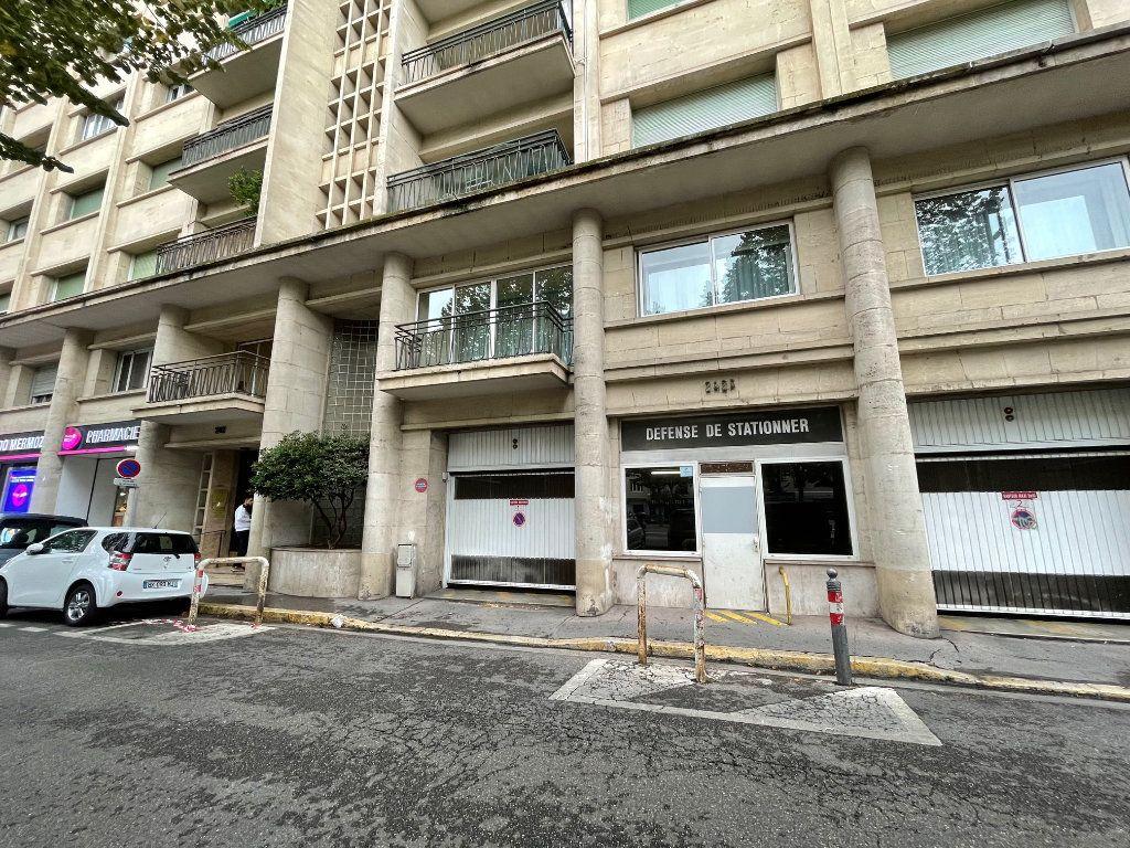 Stationnement à louer 0 16.52m2 à Marseille 8 vignette-1