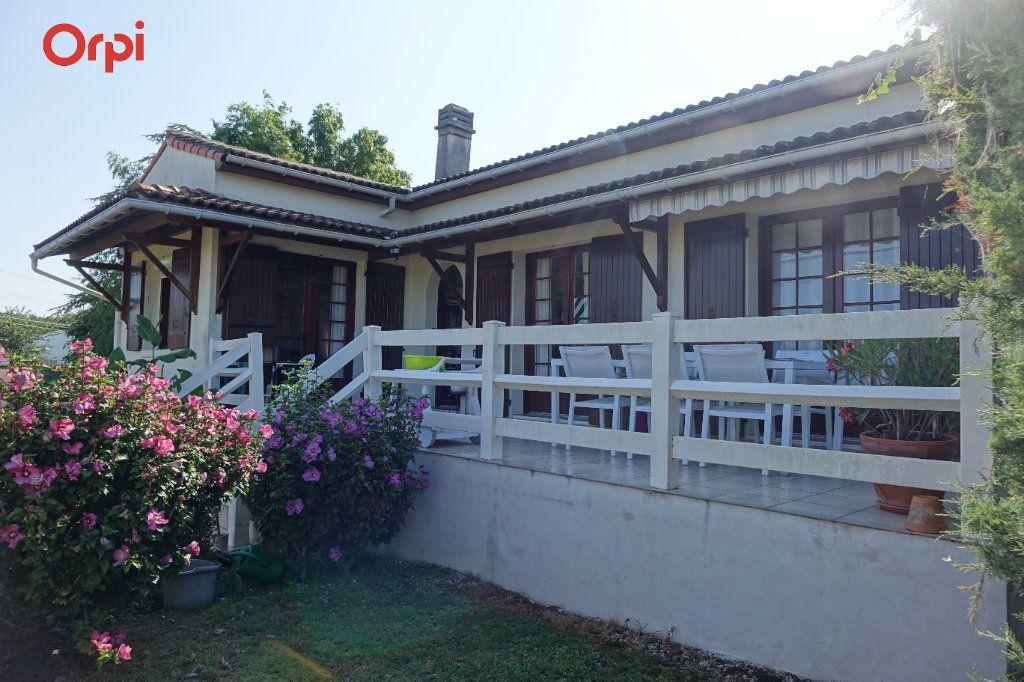 Maison à vendre 4 95.43m2 à Saujon vignette-1