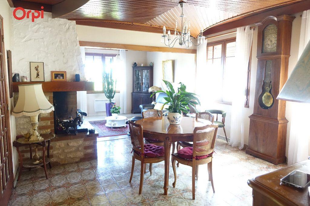 Maison à vendre 4 95.43m2 à Saujon vignette-3