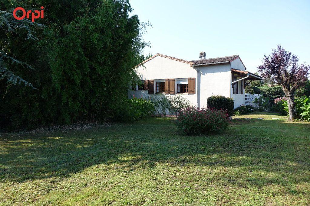 Maison à vendre 4 95.43m2 à Saujon vignette-8