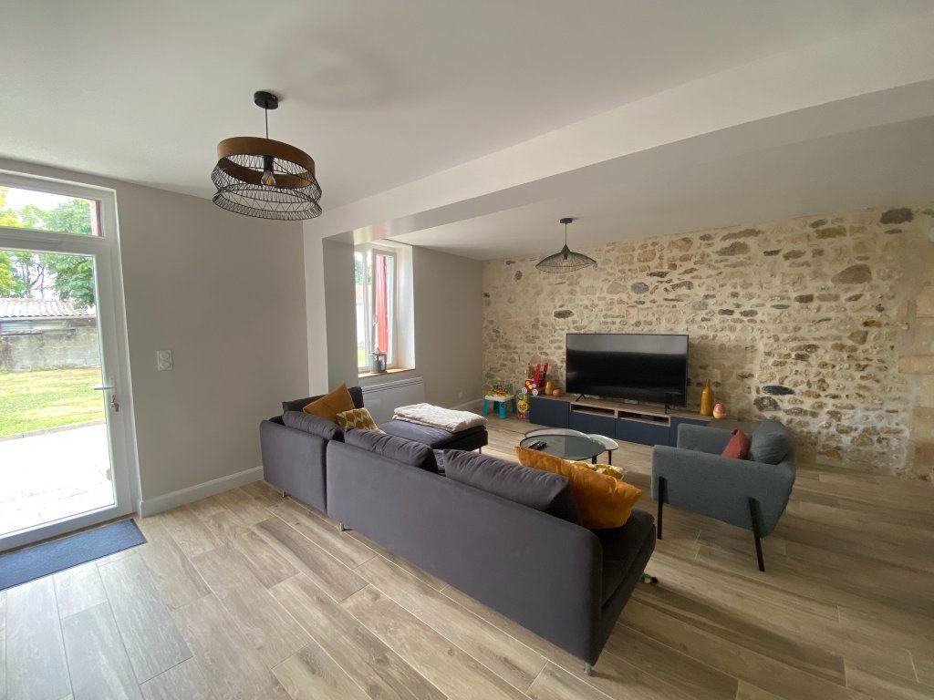 Maison à vendre 6 164m2 à Saint-Sulpice-de-Royan vignette-2
