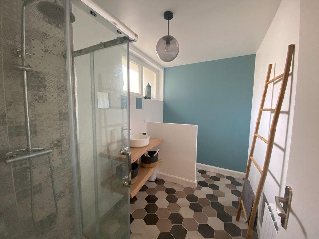 Maison à vendre 6 164m2 à Saint-Sulpice-de-Royan vignette-6