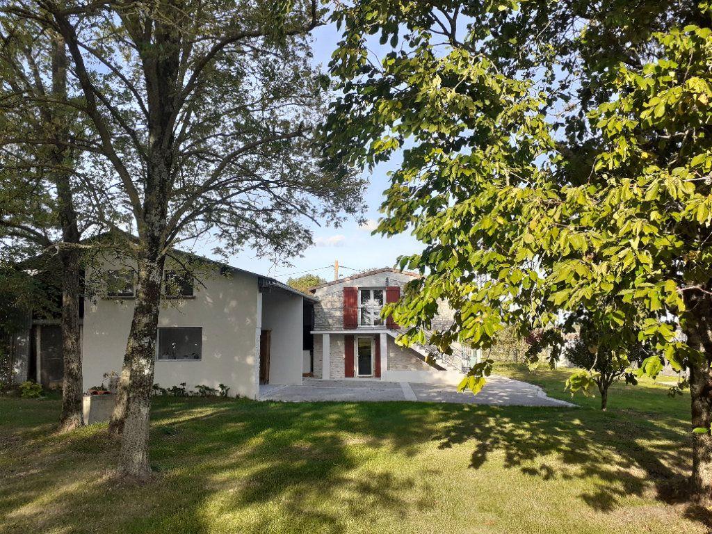 Maison à vendre 6 164m2 à Saint-Sulpice-de-Royan vignette-12