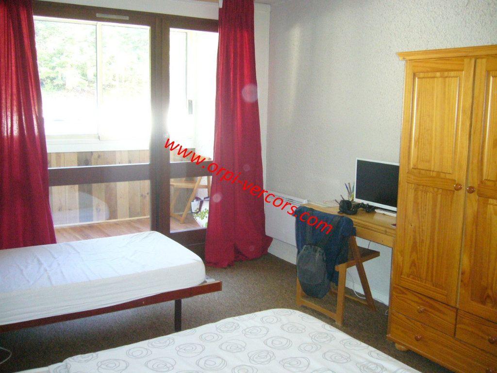 Appartement à vendre 1 23.5m2 à Corrençon-en-Vercors vignette-2