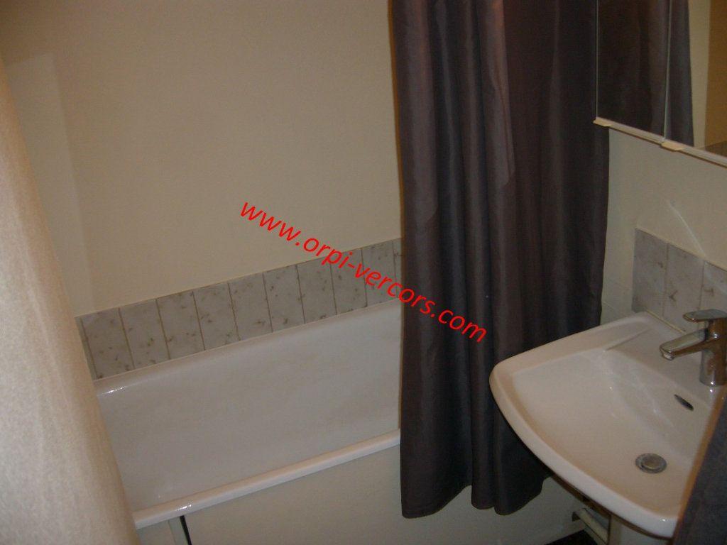 Appartement à vendre 1 23.5m2 à Corrençon-en-Vercors vignette-5