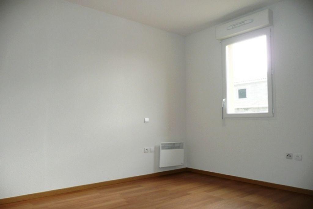 Appartement à louer 2 47.34m2 à Daux vignette-4