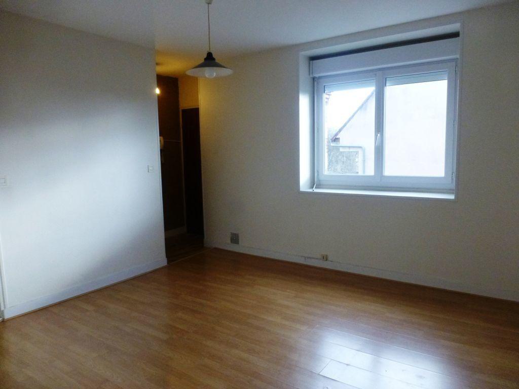 Appartement à louer 1 21m2 à Orléans vignette-3