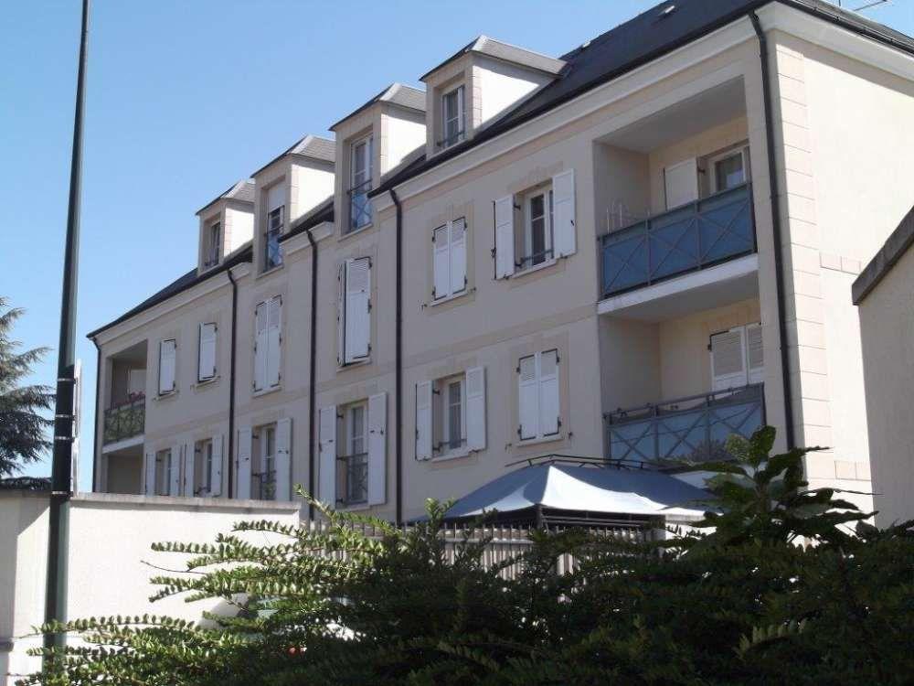 Appartement à louer 3 63.98m2 à Étampes vignette-3