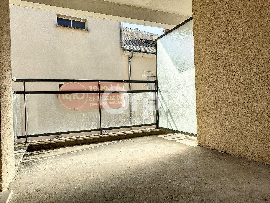 Appartement à louer 3 64.1m2 à Orléans vignette-5