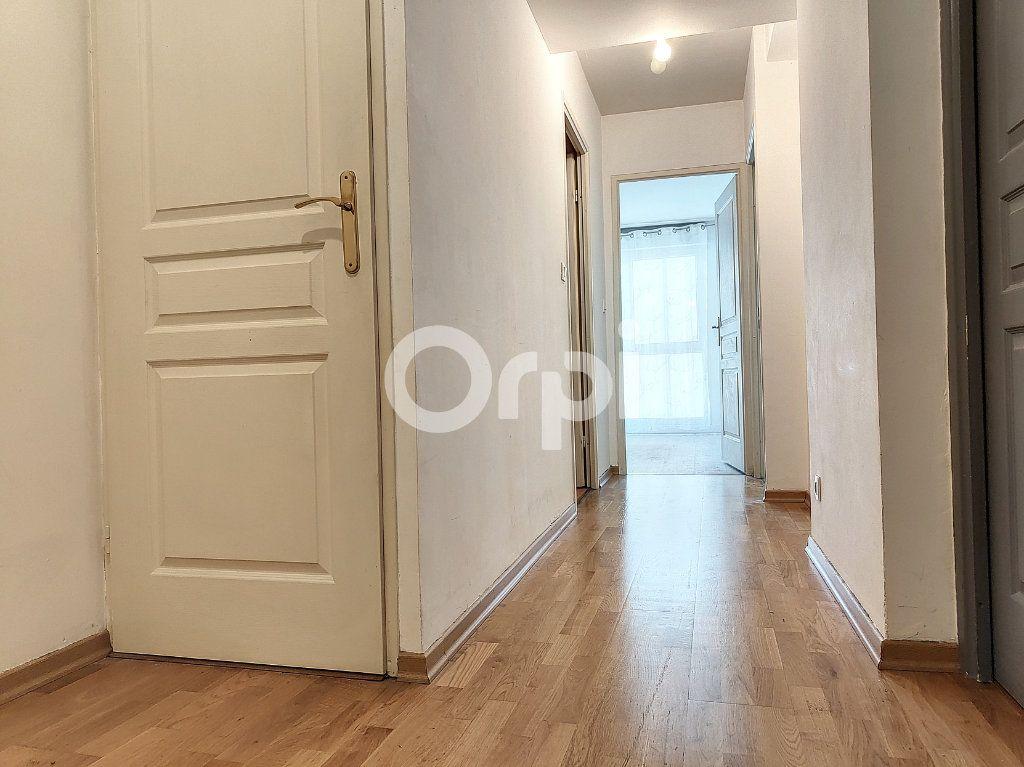 Appartement à louer 3 64.1m2 à Orléans vignette-9
