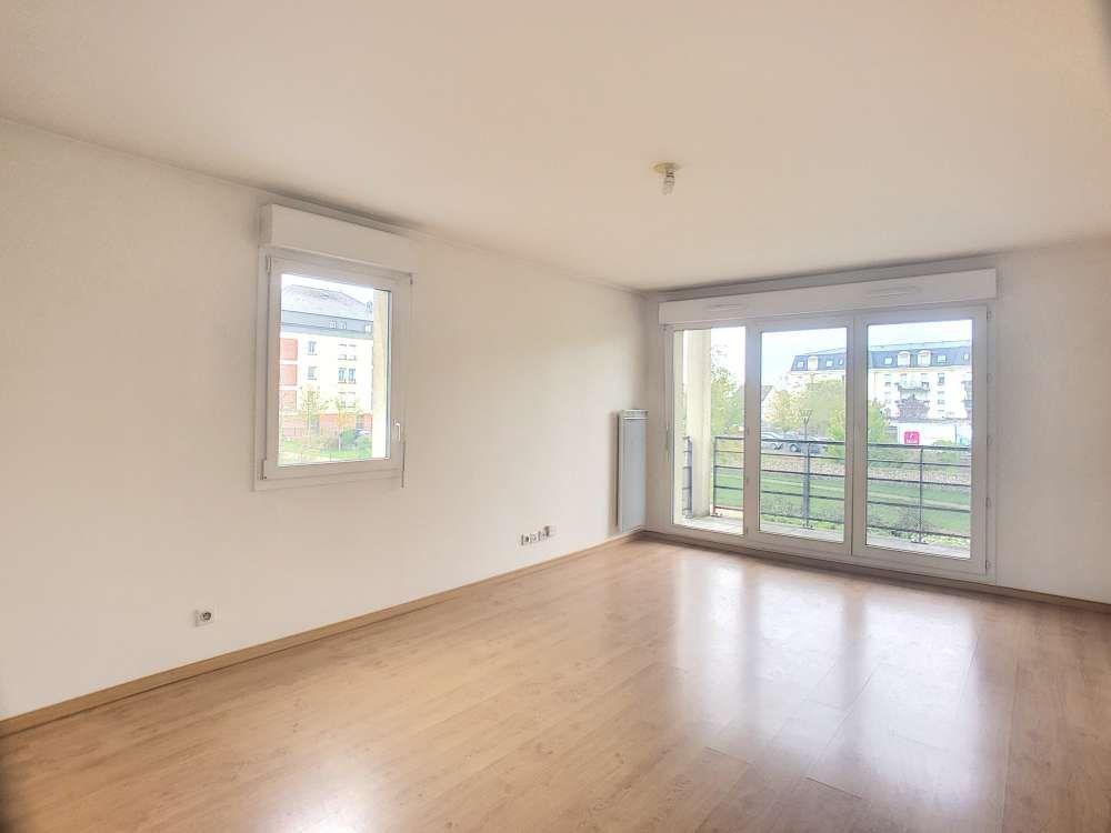 Appartement à louer 1 37.18m2 à Orléans vignette-1