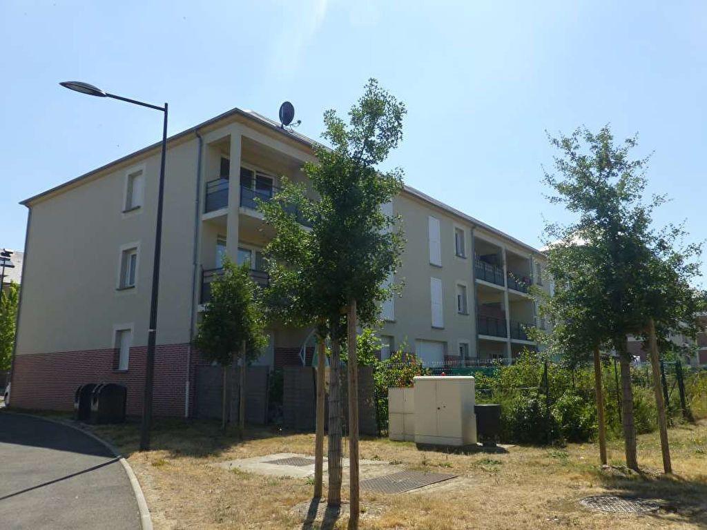 Appartement à louer 3 63.08m2 à Orléans vignette-1