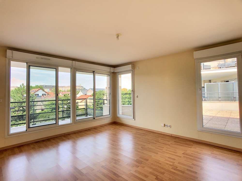 Appartement à louer 2 42.6m2 à Orléans vignette-1