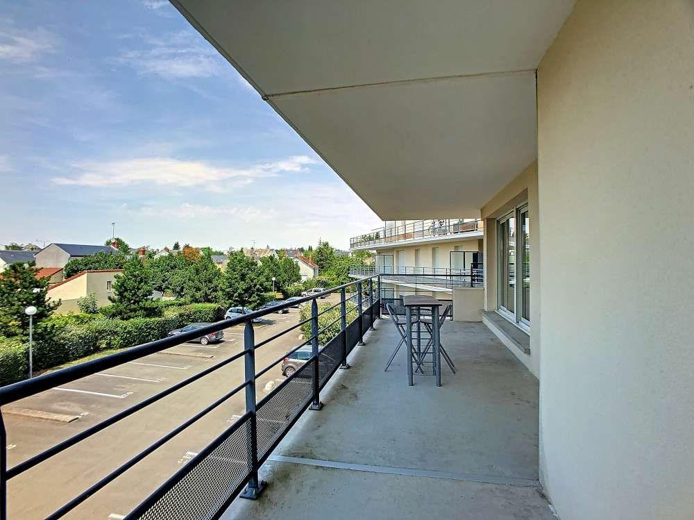 Appartement à louer 2 42.6m2 à Orléans vignette-2