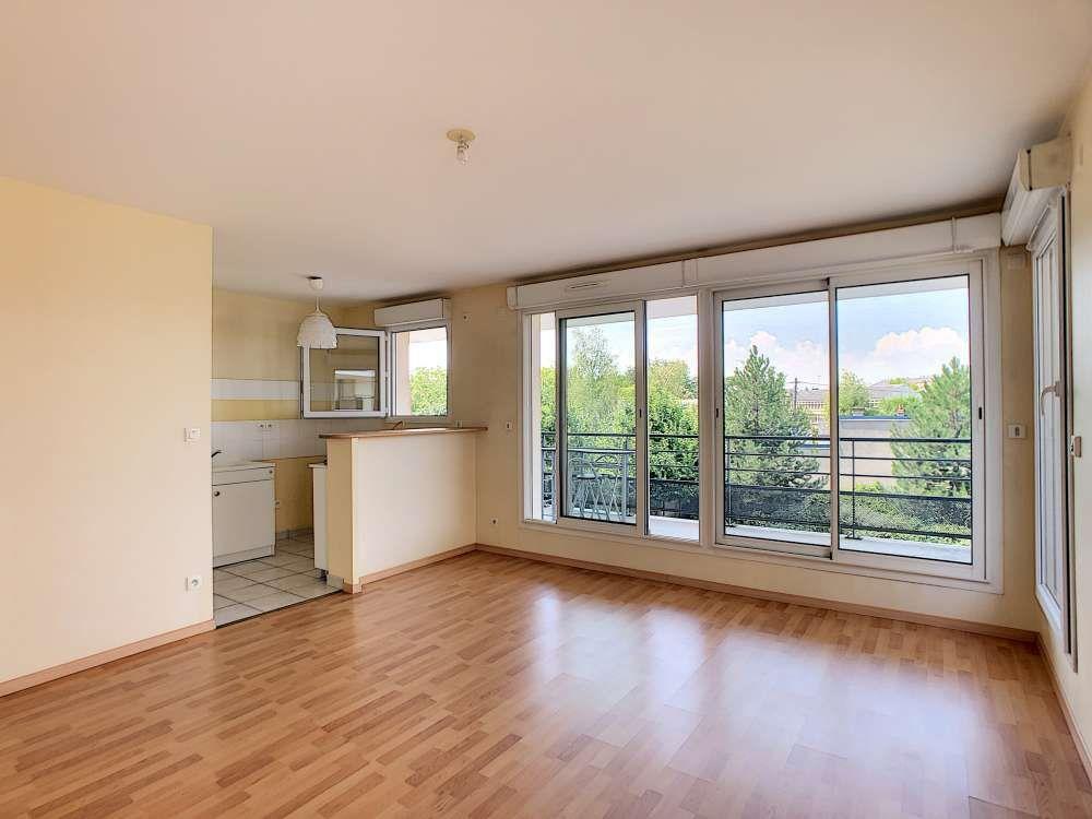 Appartement à louer 2 42.6m2 à Orléans vignette-4