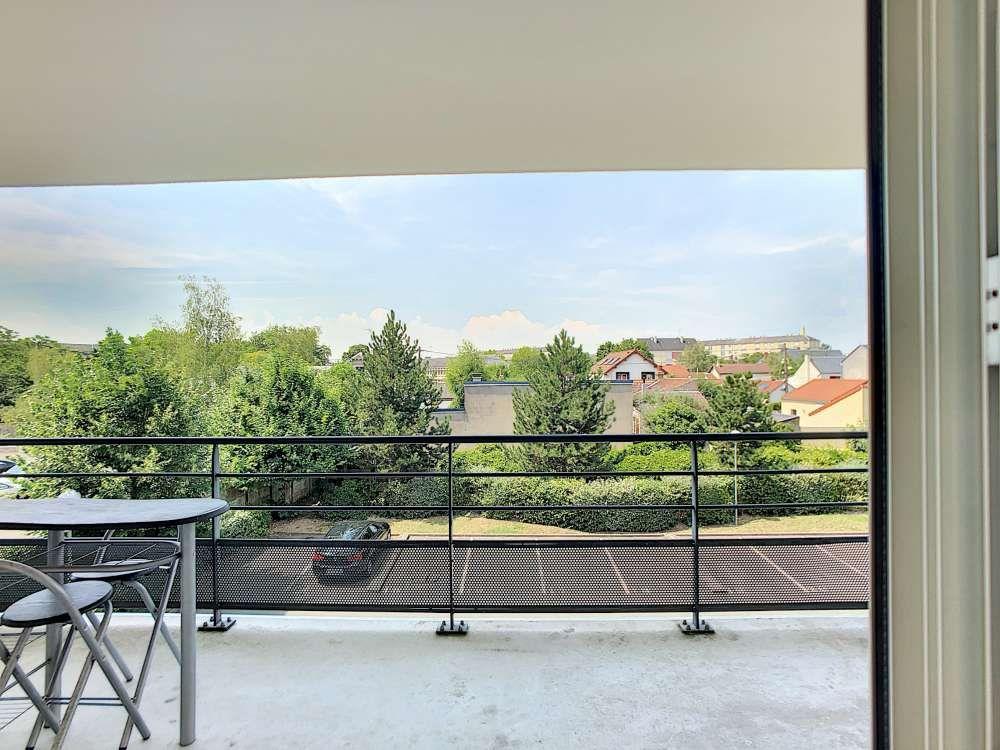 Appartement à louer 2 42.6m2 à Orléans vignette-9
