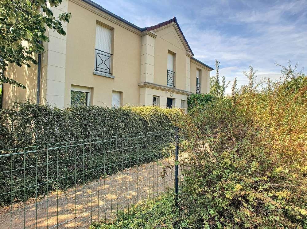 Appartement à louer 3 65.34m2 à Orléans vignette-1
