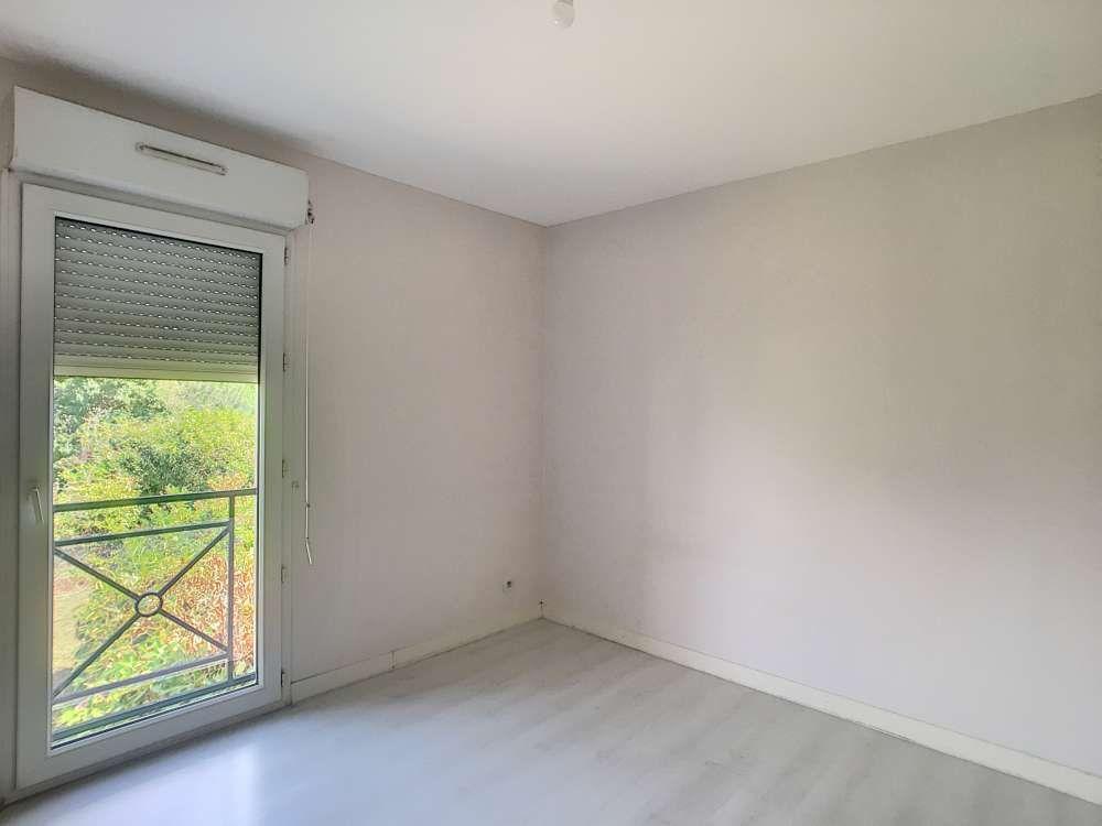 Appartement à louer 3 65.34m2 à Orléans vignette-4