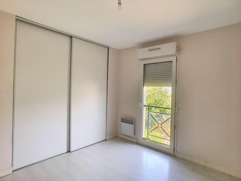 Appartement à louer 3 65.34m2 à Orléans vignette-6