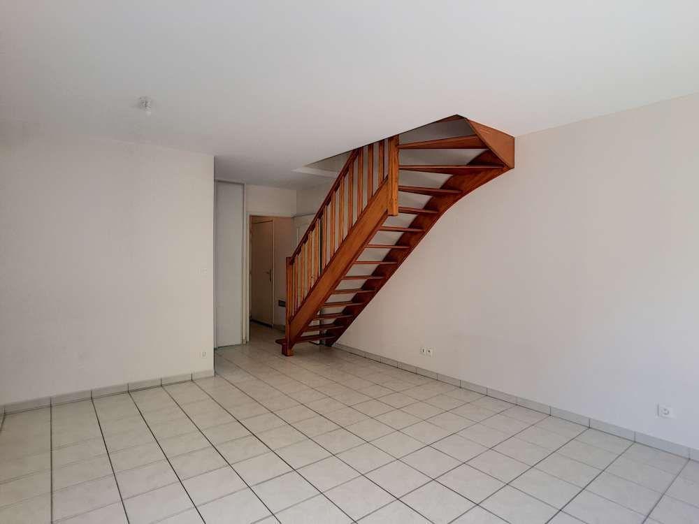 Appartement à louer 3 65.34m2 à Orléans vignette-8