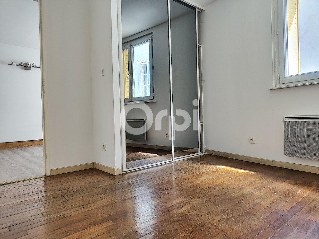 Appartement à louer 2 42.4m2 à Orléans vignette-4