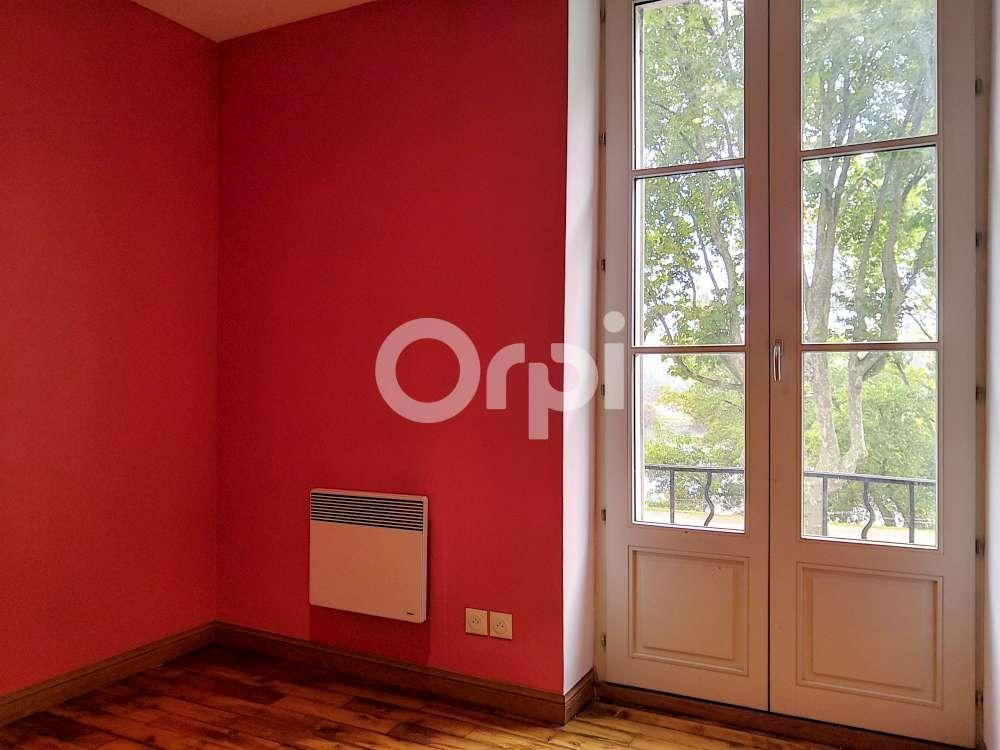 Appartement à louer 5 97.22m2 à Orléans vignette-5