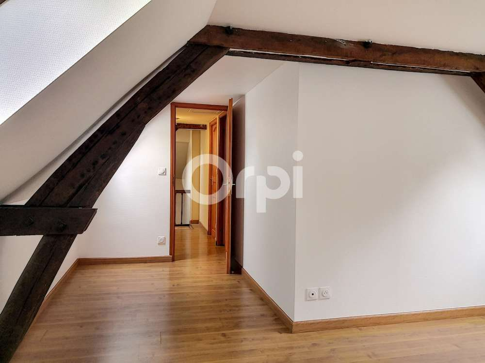 Appartement à louer 5 97.22m2 à Orléans vignette-9