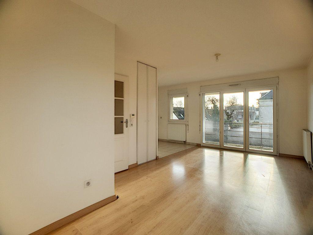 Appartement à louer 2 49.02m2 à Orléans vignette-6