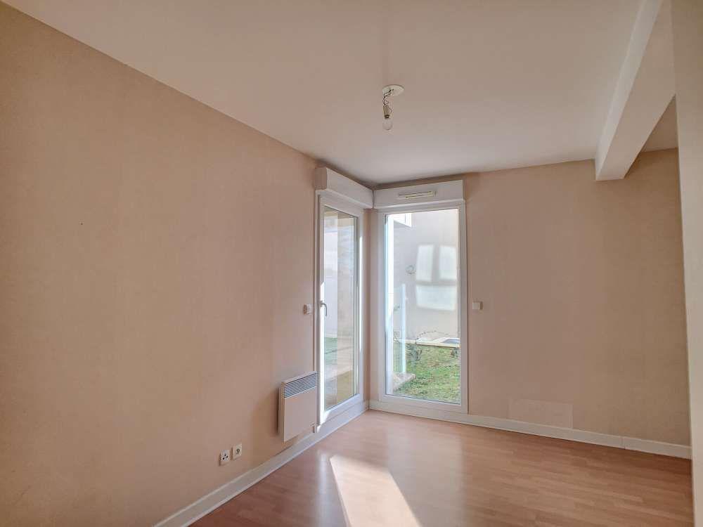 Appartement à louer 2 43.4m2 à Orléans vignette-5