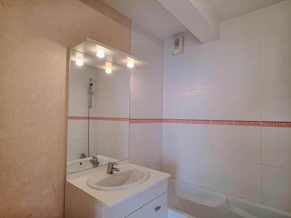 Appartement à louer 2 43.4m2 à Orléans vignette-6