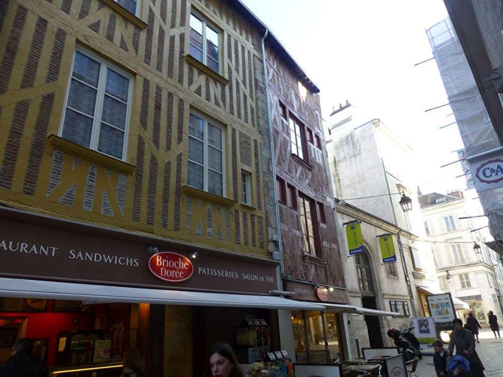 Appartement à louer 1 30.8m2 à Orléans vignette-6